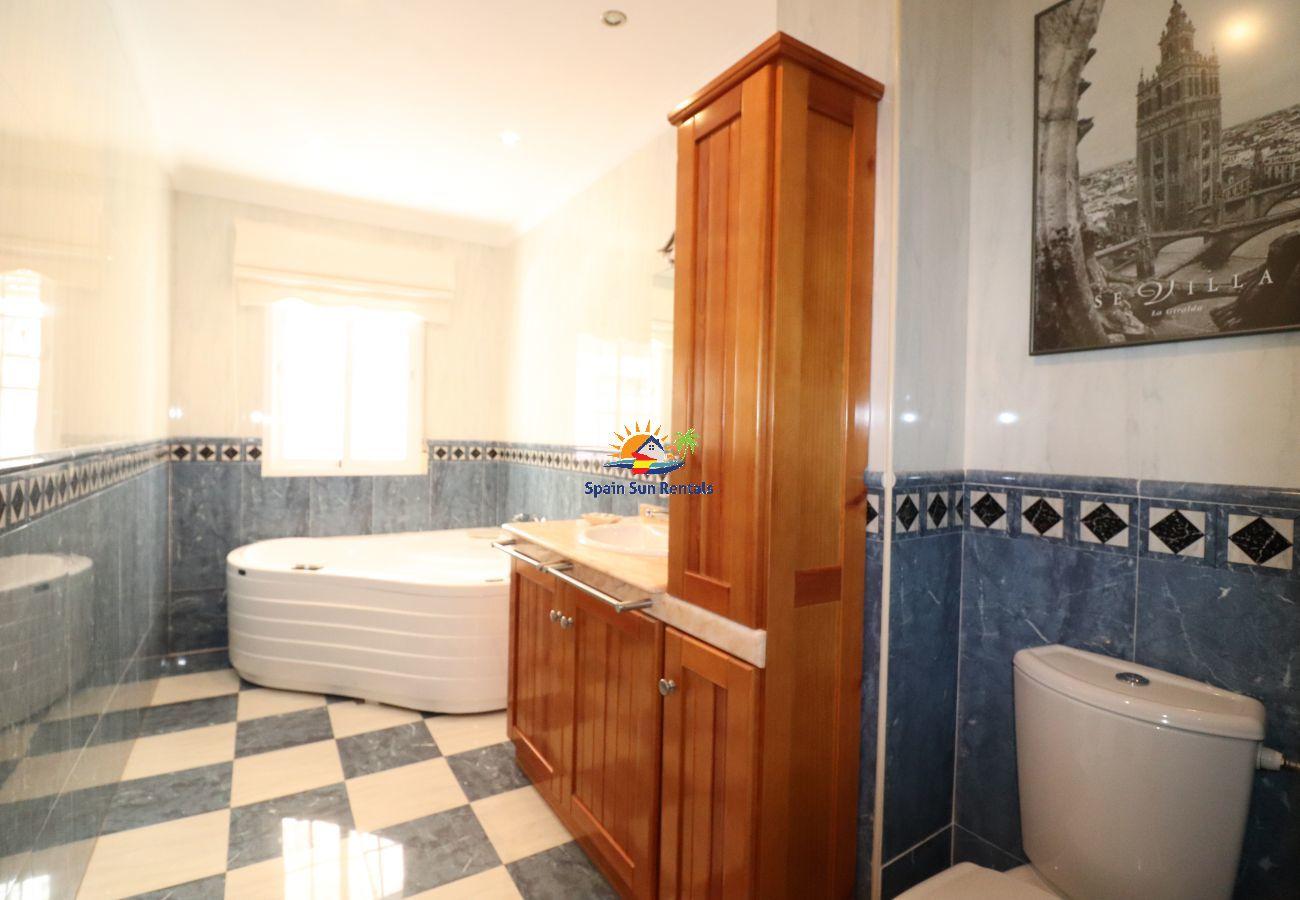 Apartamento en Nerja - 1080 Apartment Olivia