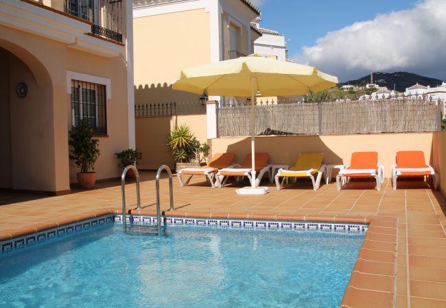 Villa in Nerja - 1027 Villa Reyes