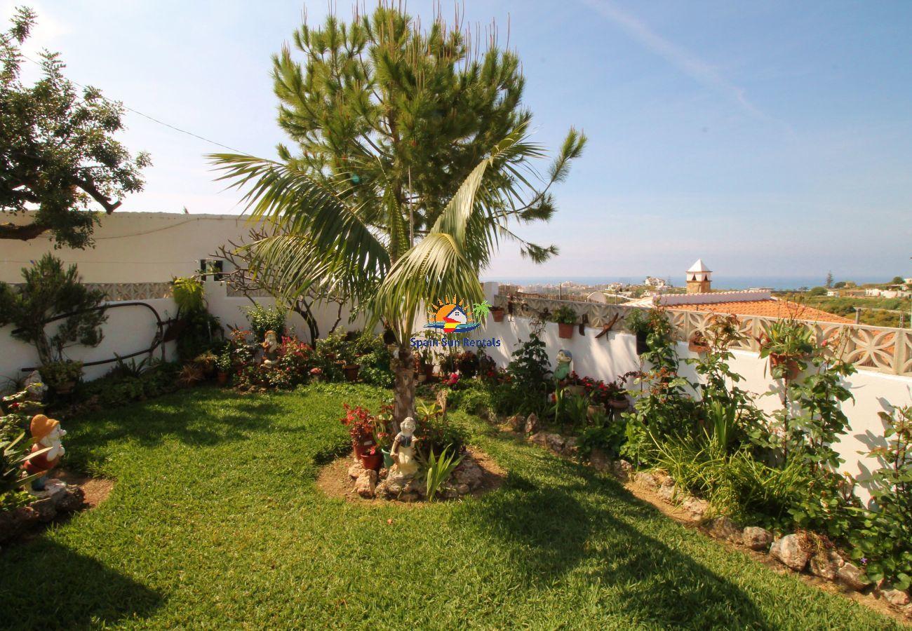 Villa in Nerja - 1003 Villa Cornocalejo