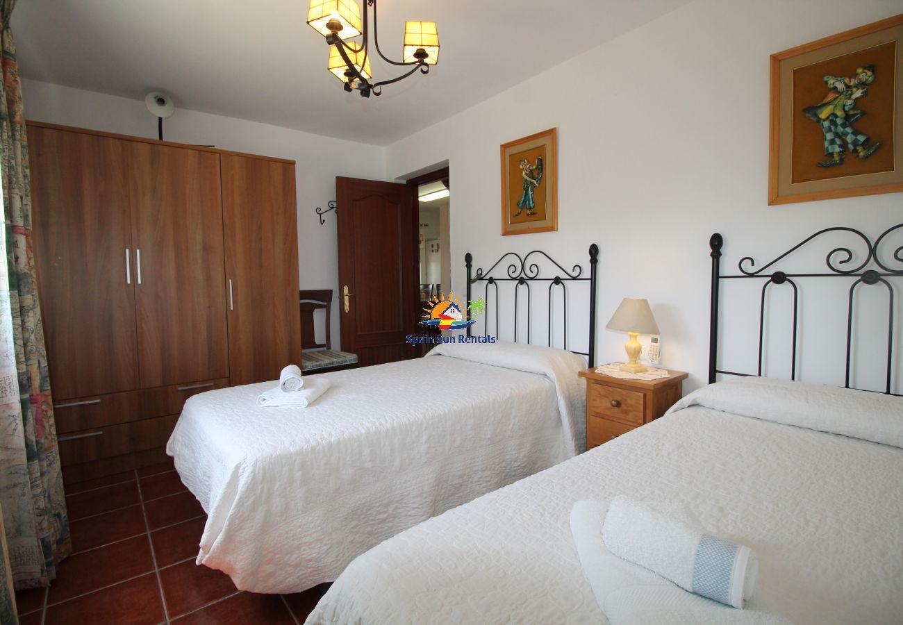 Villa in Nerja - 1041 Villa Puente Viejo