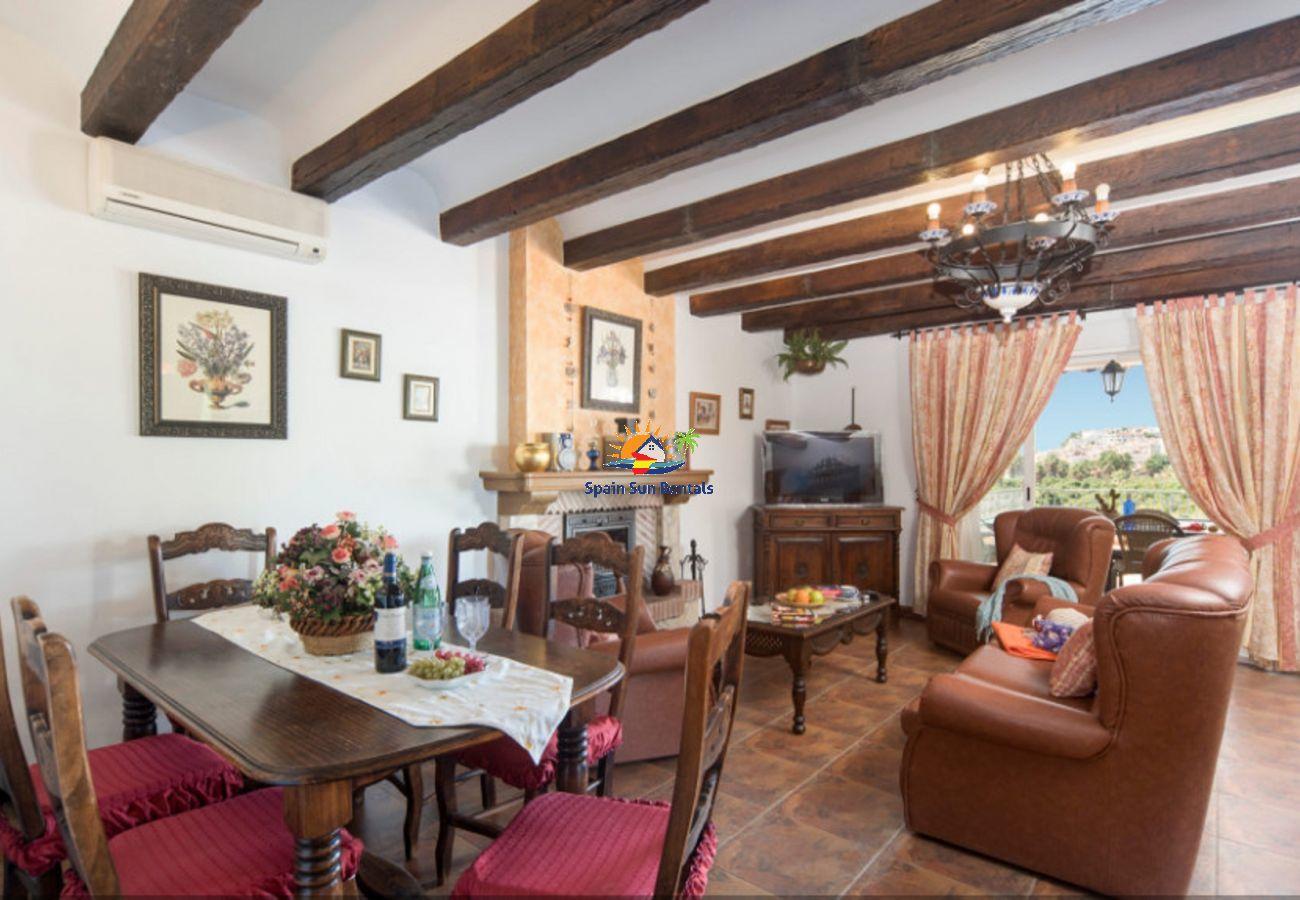 Villa in Nerja - 1105 Villa Triana