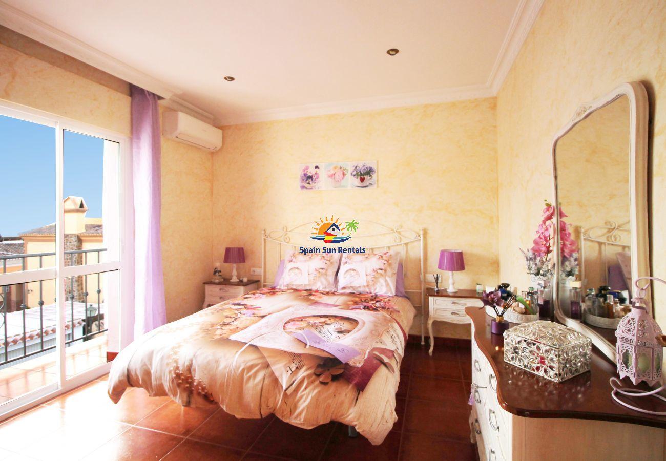 Villa in Nerja - 1057 Villa Maite