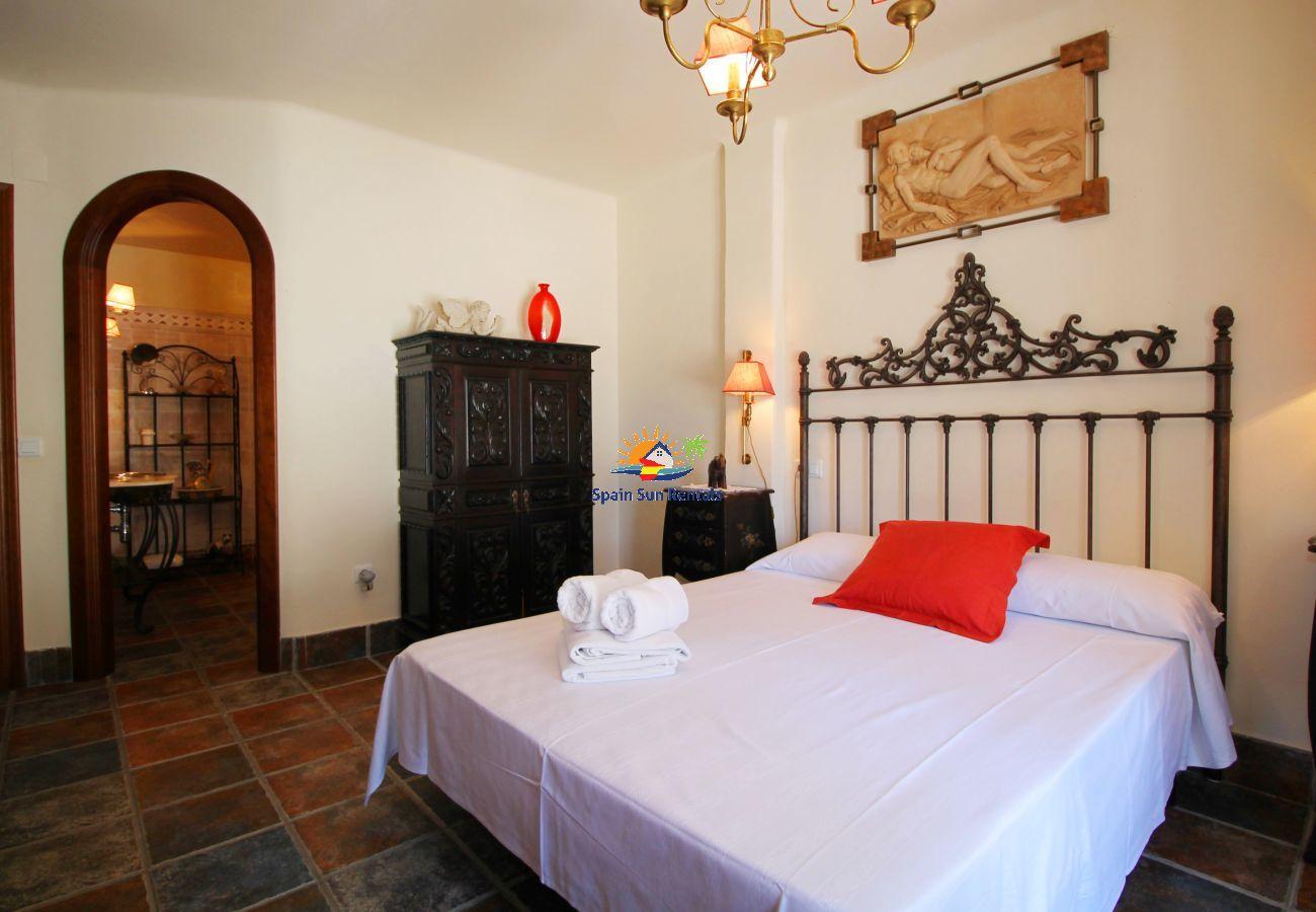 Villa in Frigiliana - 1094 Cortijo el Niño