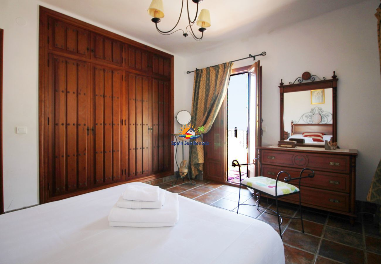 Villa in Frigiliana - 1094 Cortijo el Niño (15p)