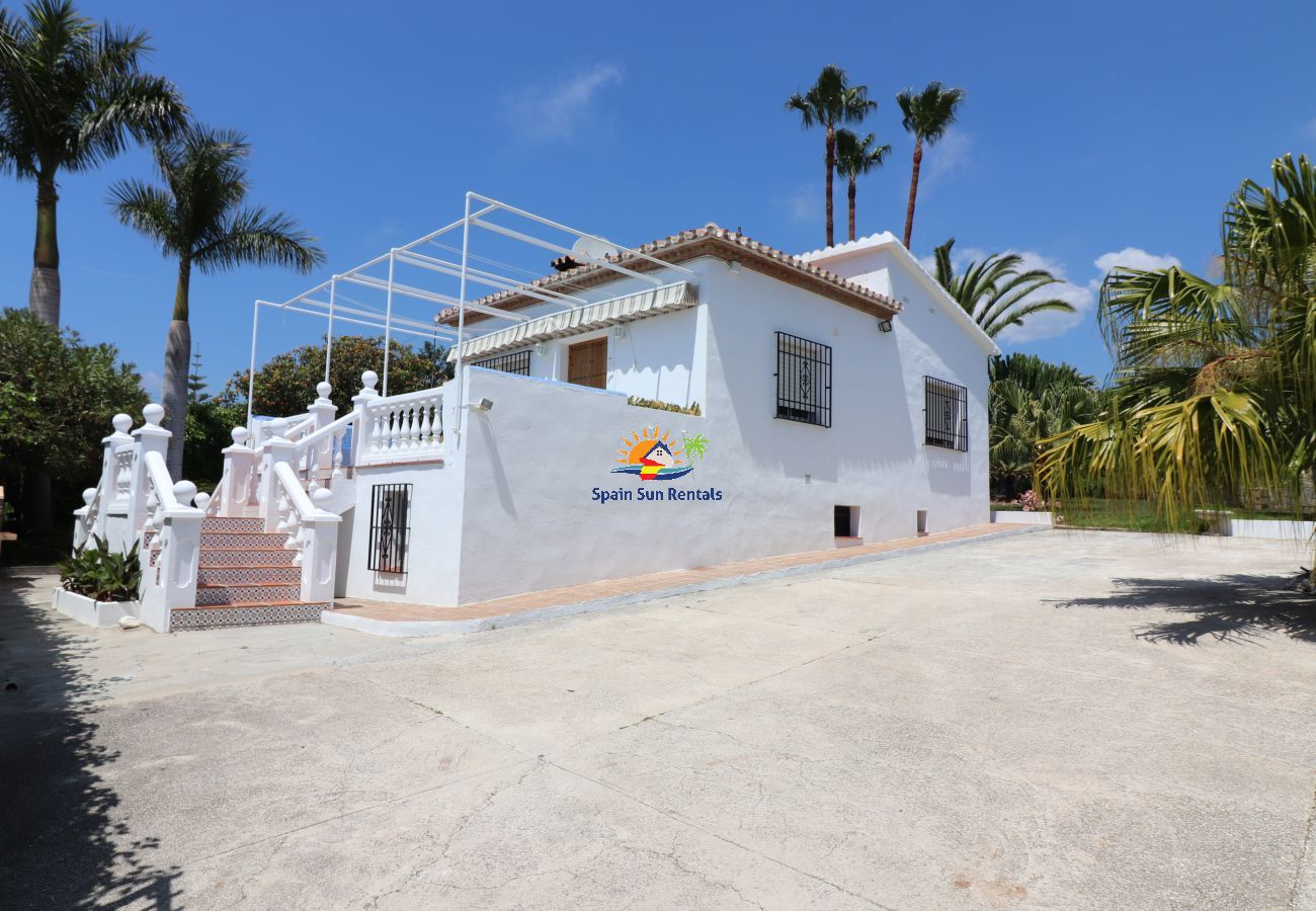 Villa in Nerja - 1112 Villa el Romeral