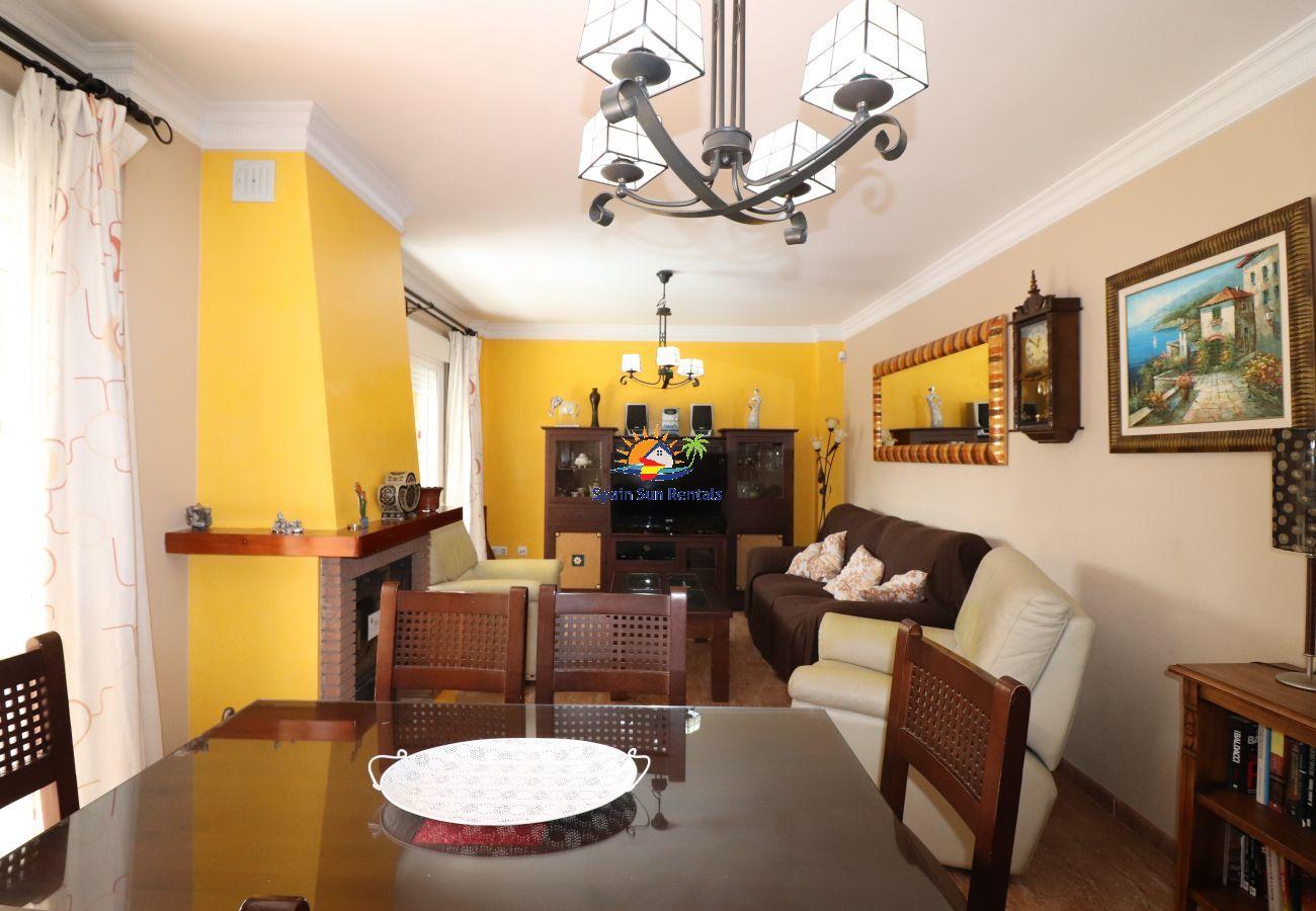 Villa in Nerja - 1007 Villa Lucia