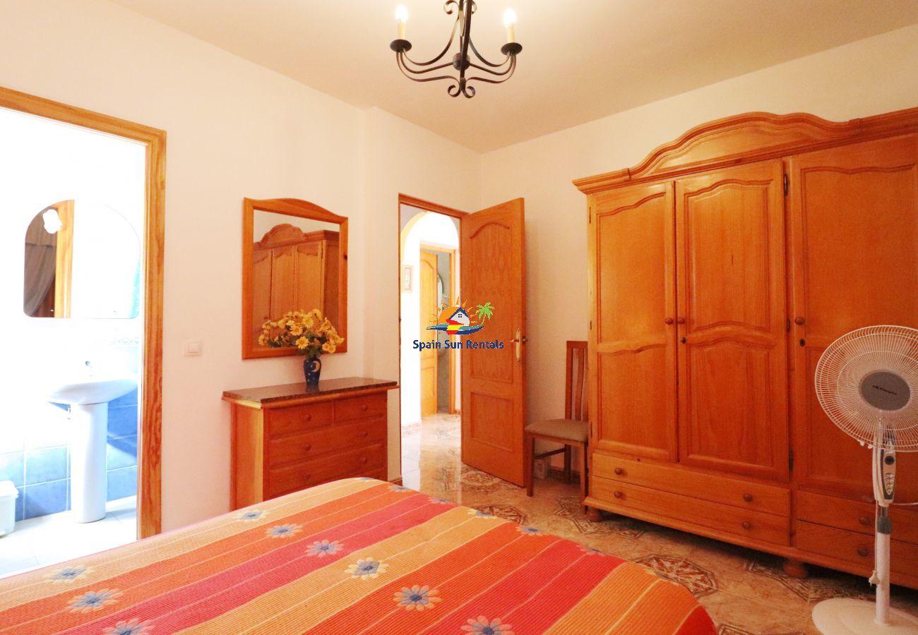 Villa in Nerja - 1142 Villa Castano