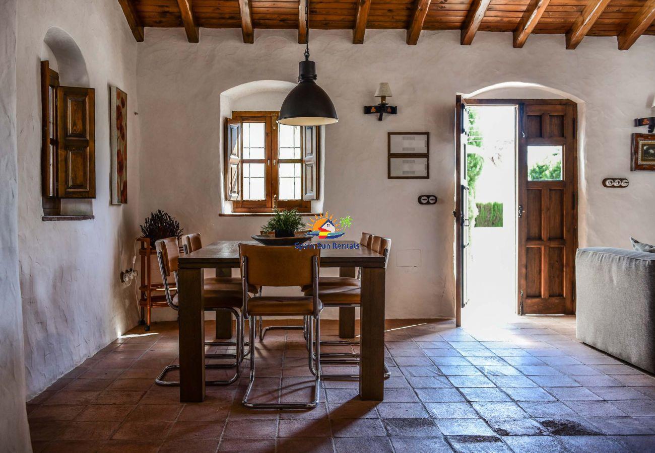 Villa in Frigiliana - 1145 Cortijo la Perla