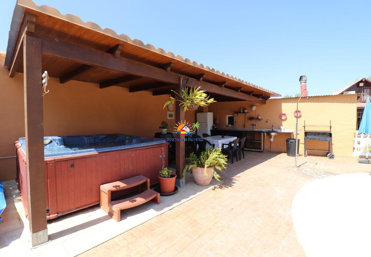 Villa in Nerja - 1160 Villa Jimena